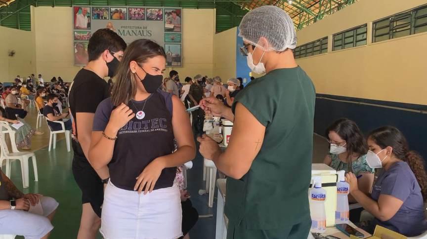 Vacinação de jovens no Amazonas (10,Jul.2021)