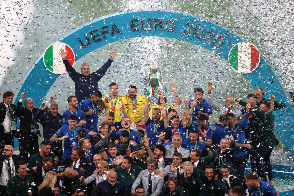 Seleção da Itália comemora título da Eurocopa