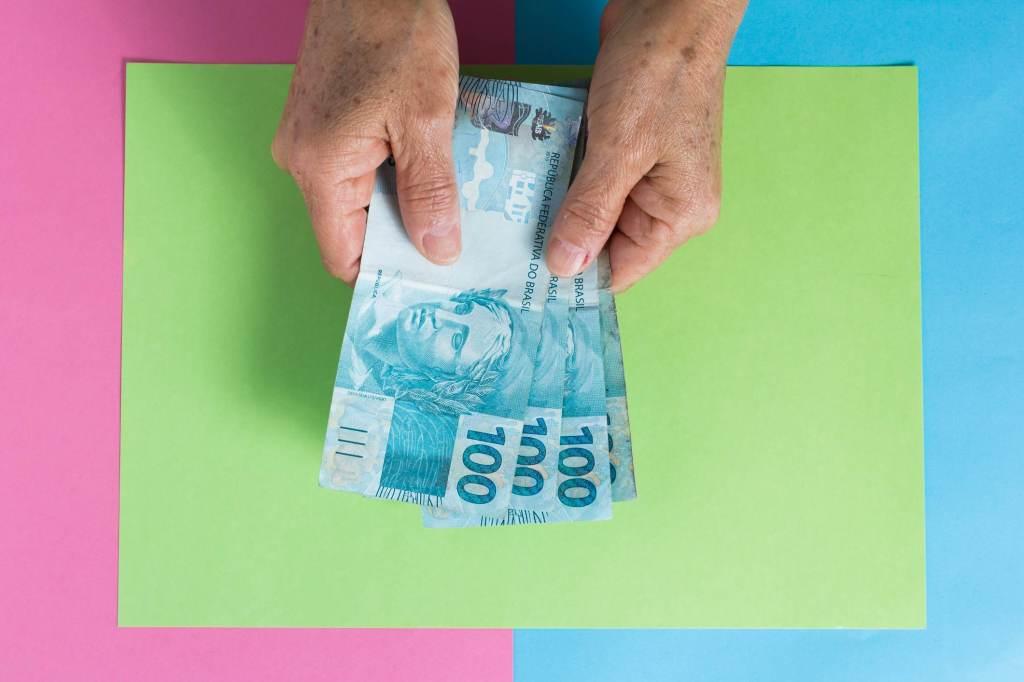 Dinheiro; orçamento; investimentos