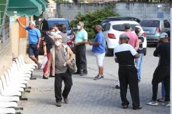 Assaltantes levaram celulares, dinheiro e outros pertences das vítimas na sexta-feira (16)