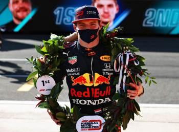 Lewis Hamilton largará em segundo lugar na corrida de domingo