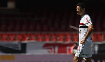 Jogador finaliza neste sábado (17) sua quarta passagem pelo time paulista