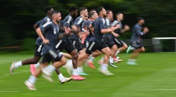 Jogo contra a Honduras terminou com time alemão deixando o campo; jogador Jordan Torunarigha foi alvo de racismo