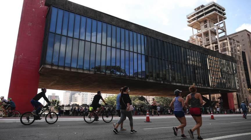 Avenida Paulista foi reaberta para lazer no último domingo (18)