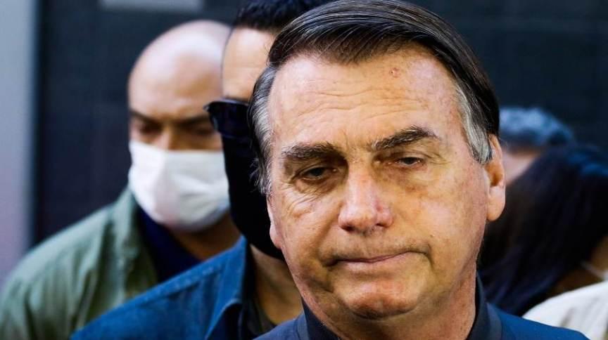 O presidente da República, Jair Bolsonaro (sem partido), deixa o hospital Vila Nova Star, na zona sul de São Paulo