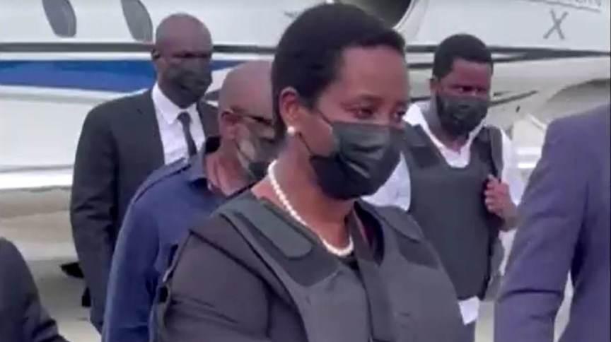 Primeira-dama do Haiti, Martine Moise, retorna ao país após atentado que tirou a vida do presidente Jovenel Moise