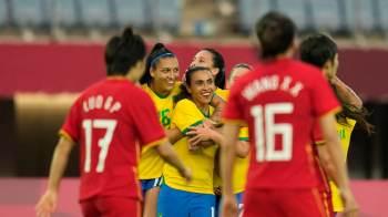 Com 2 gols de Marta e bom jogo de Bia Zaneratto e Andressa Alves, brasileiras superam chinesas; Holanda faz 10 a 3 em Zâmbia, maior placar da história dos Jogos