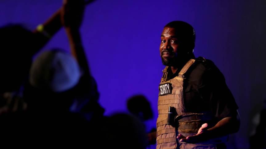 Kanye West durante comício eleitoral em North Charleston, no Estado norte-americano da Carolina do Sul