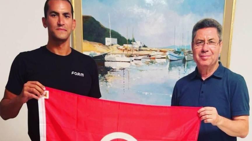 Oussama Mellouli, nadador da Tunísia, confirmou presença nas Olimpíadas de Tóquio 2020