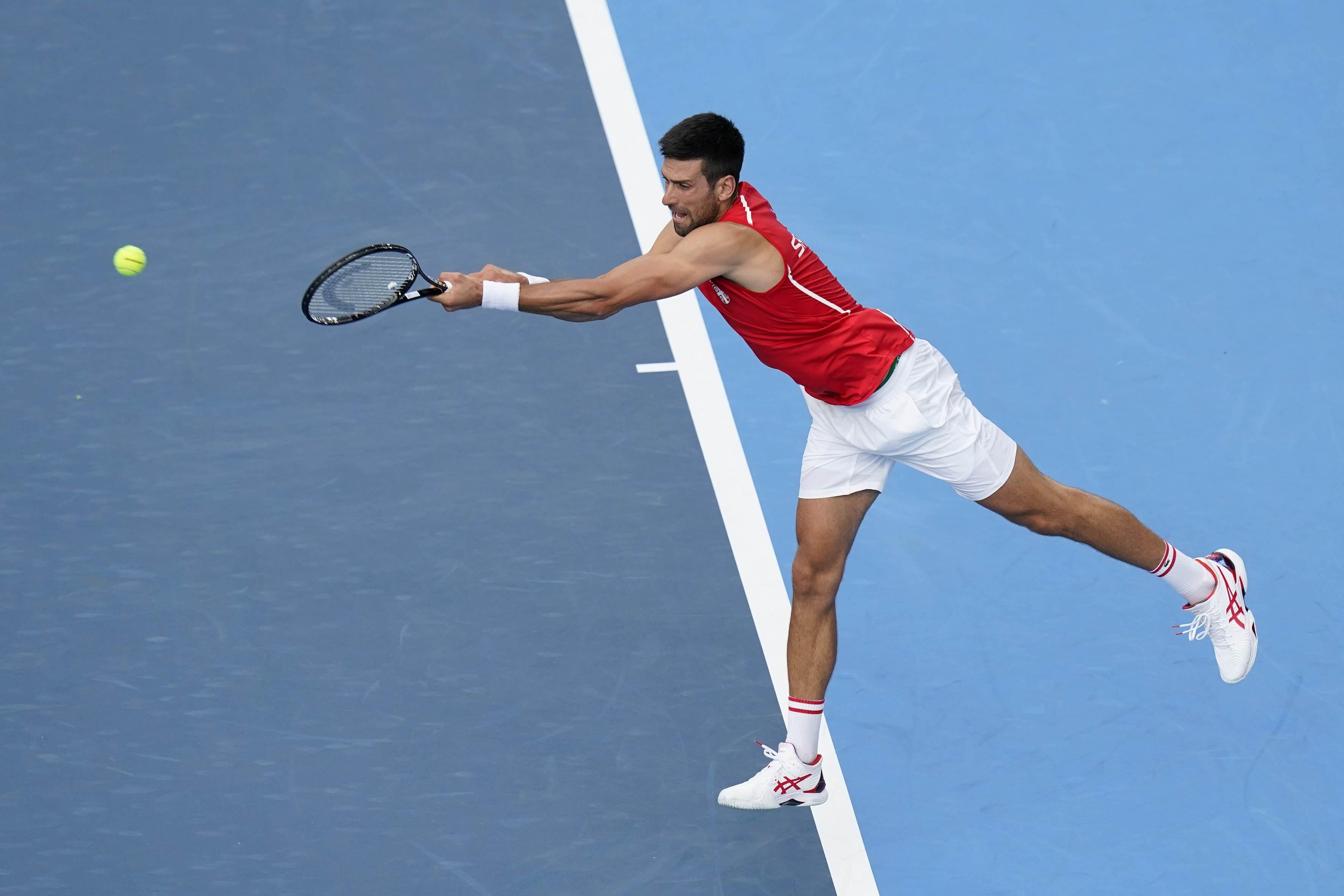 Novak Djokovic treina em Tóquio antes de sua estreia nos Jogos Olímpicos