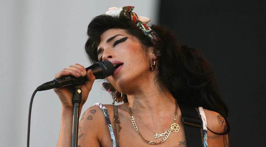 Amy Winehouse em show no festival Oxegen, em 2008