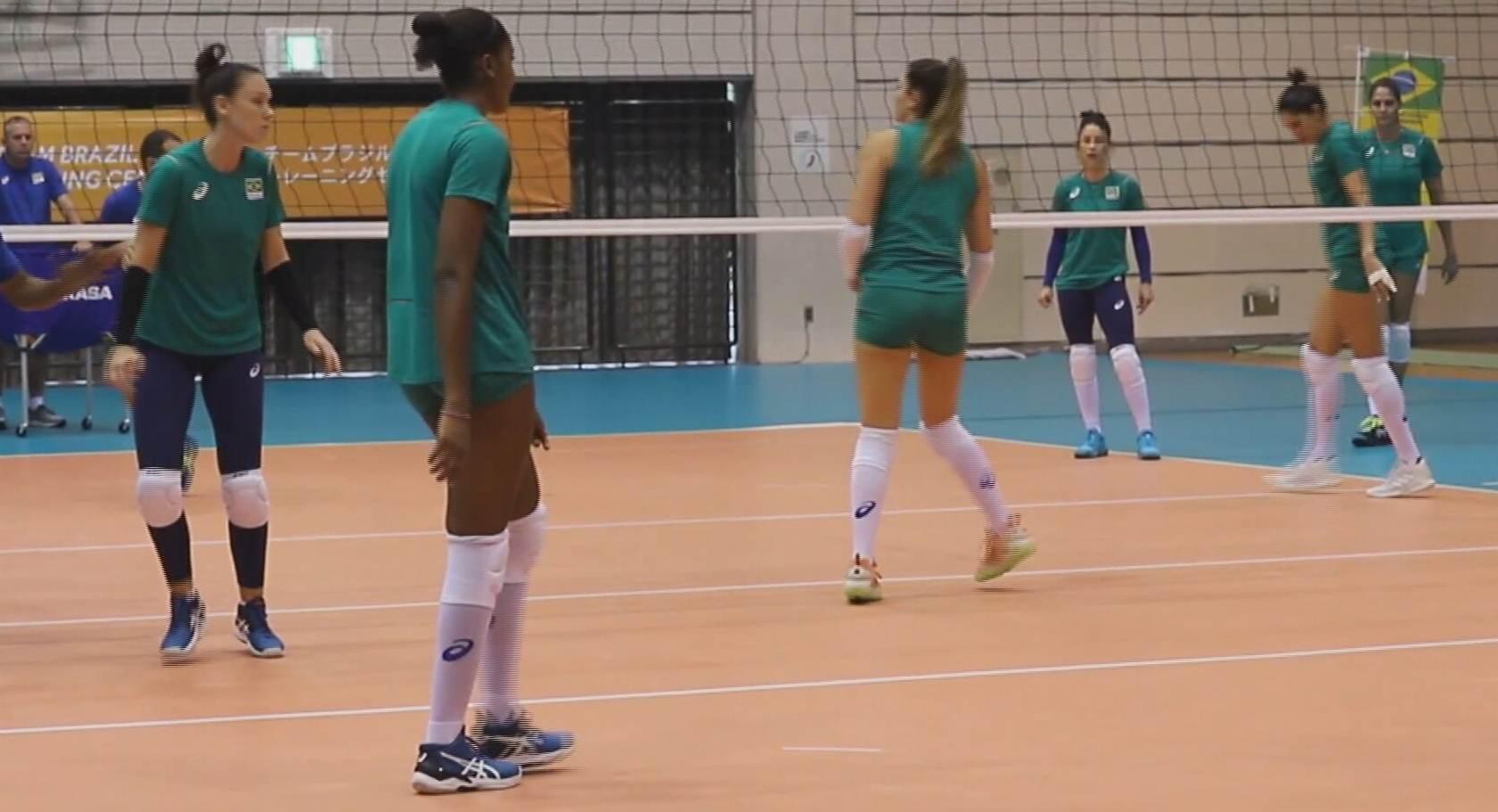 Seleção feminina de vôlei estreia na Olimpíada neste domingo (25) (24.Jul.2021)