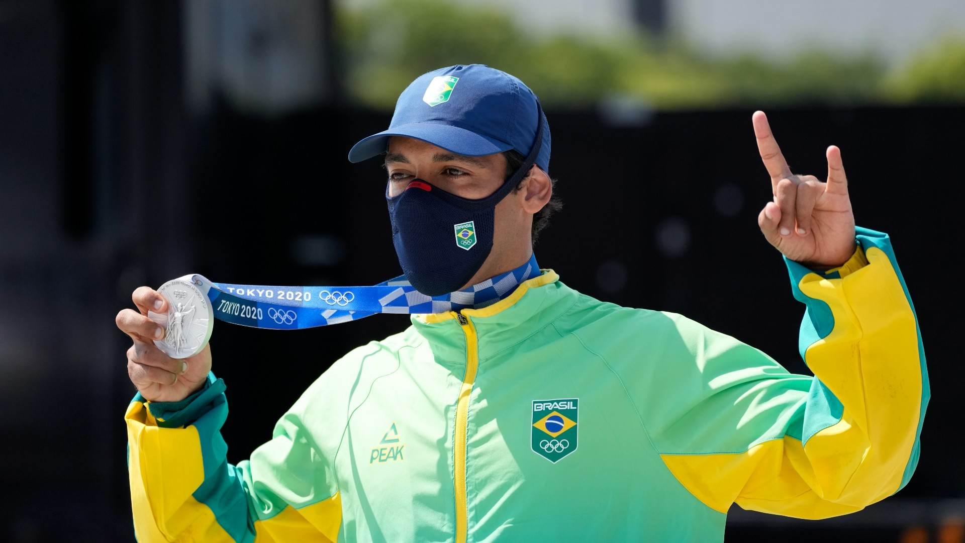 Kelvin Hoefler, medalhista de prata no skate street nas Olimpíadas