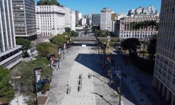 Opção de lazer no centro da capital paulista foi reaberto ao público neste domingo (25)