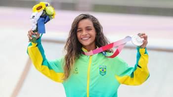 Por estipular mínimo de 14 anos, benefício não contemplou Rayssa Leal, a 'fadinha do skate'