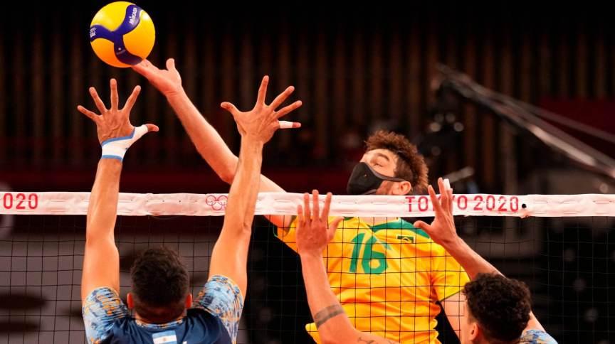 Brasil e Argentina fizeram partida equilibrada – decidida apenas no 5º set – na segunda rodada do vôlei masculino em Tóquio