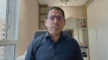 Marcelo Ramos, que havia sido culpado pelo aumento do fundo eleitoral por Bolsonaro, criticou o presidente sobre o anúncio do veto parcial