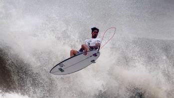 Brasileiro derrotou o francês Michel Bourez por 15,33 a 13,66, na praia de Tsurigasaki, palco da modalidade no evento