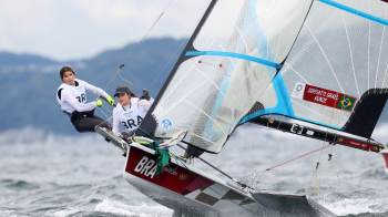 Brasileiras ocupam a segunda posição após 12 etapas da classe 49erFX nas Olimpíadas