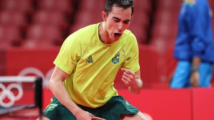 Hugo Calderano é o primeiro mesa-tenista do Brasil a se classificar para as quartas de final individual nos Jogos