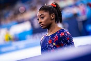 Após a conquista da medalha de bronze na trave nesta terça-feira (3), a ginasta americana revelou que sua tia havia morrido durante os Jogos