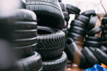 A capacidade atual é de 1.000 pneus de carga por dia. Com a expansão, esse volume vai subir para 2,2 mil diários até 2025