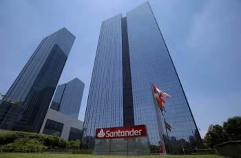 O executivo deve seguir como membro do conselho do Grupo Santander na Espanha