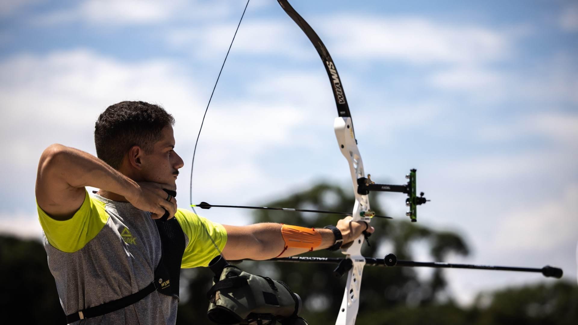 No tiro com arco, o brasileiro Marcus D'Almeida conseguiu um feito um histórico
