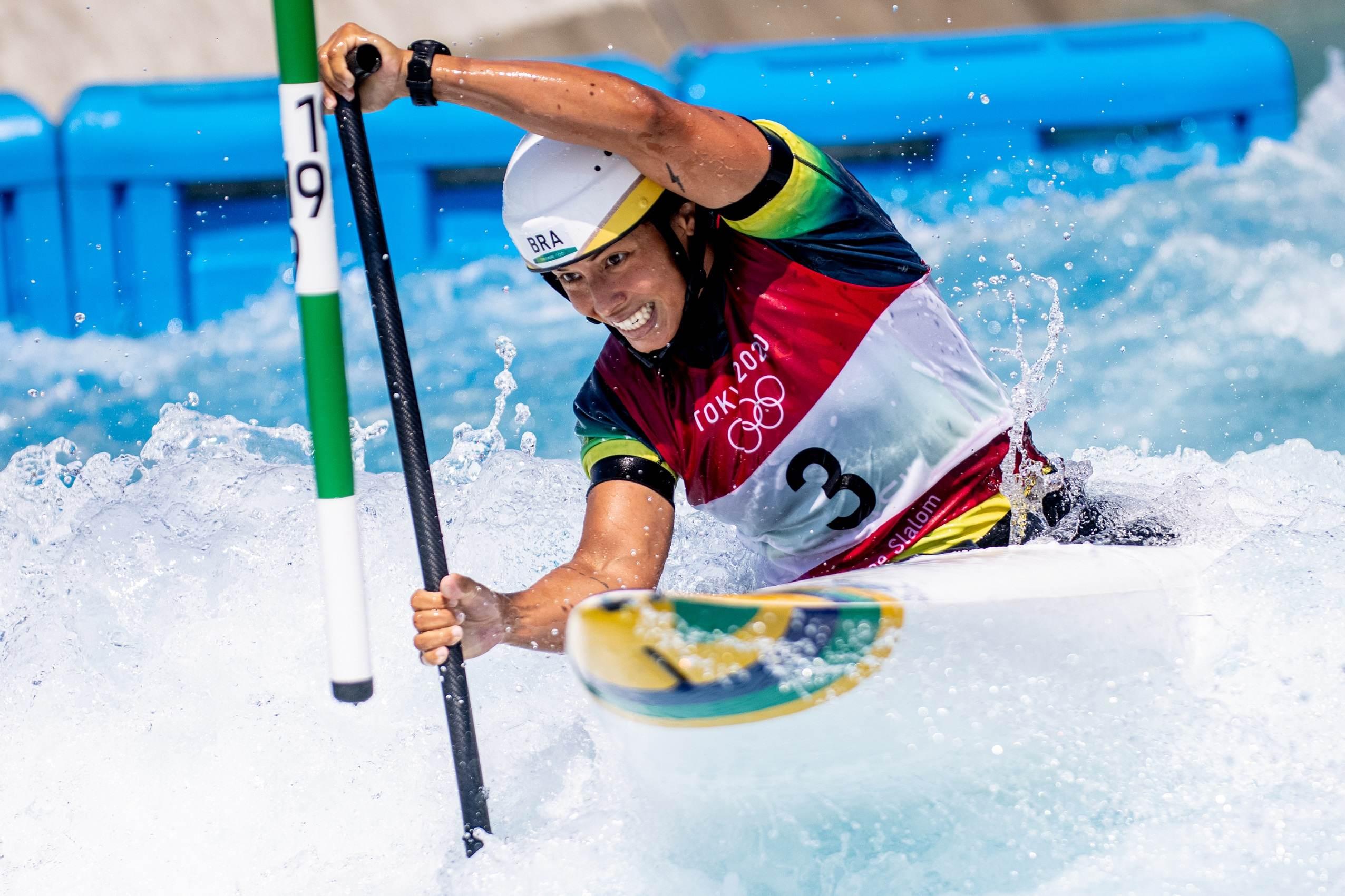 Ana Sátila participa das eliminatórias da categoria C1 da canoagem slalom