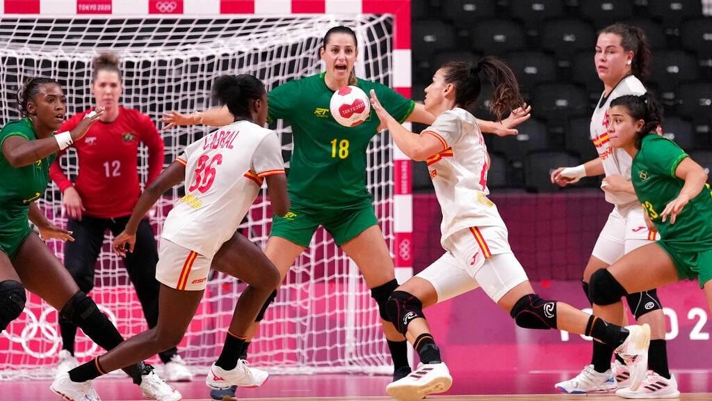 Brasil e Espanha no handebol feminino