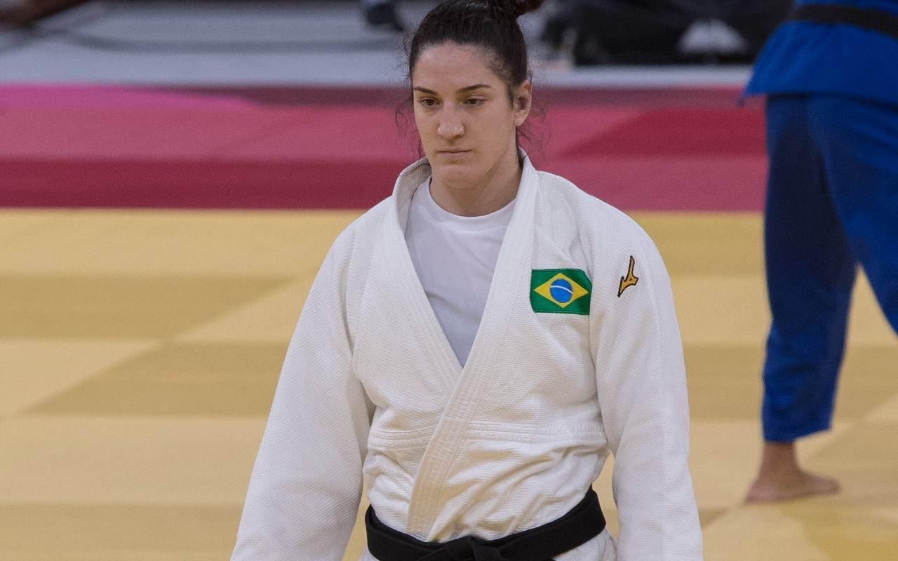 Judoca brasileira Mayra Aguiar disputa bronze em Tóquio na categoria 78kg