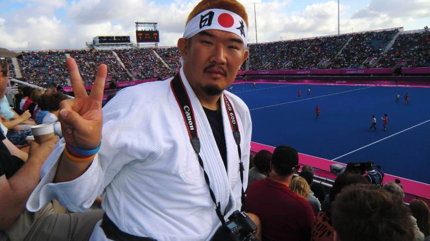 Kazunori Takishima em partida de hóquei nas Olimpíadas de 2012 em Londres
