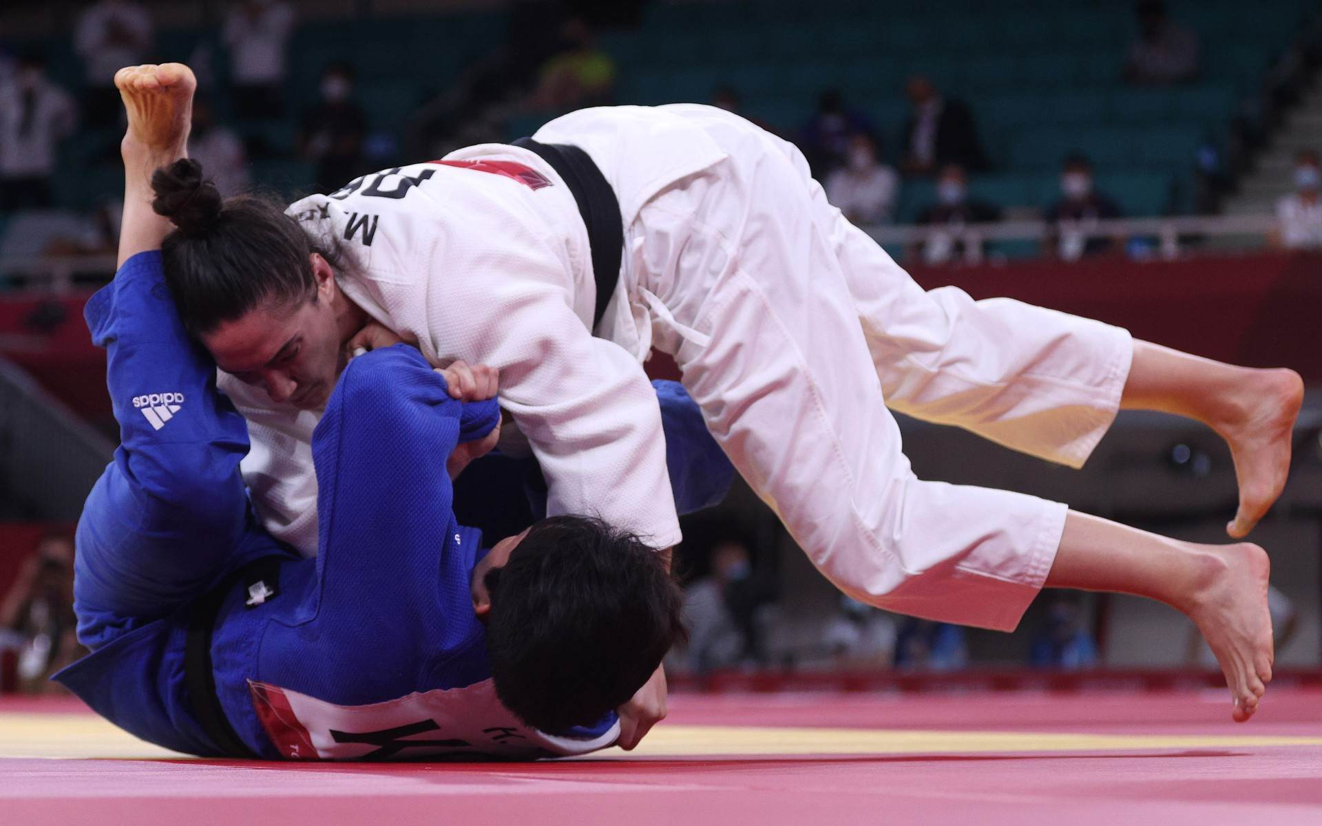 Mayra Aguiar conquistou bronze no judô após imobilizar a coreana Hyunji Yoon