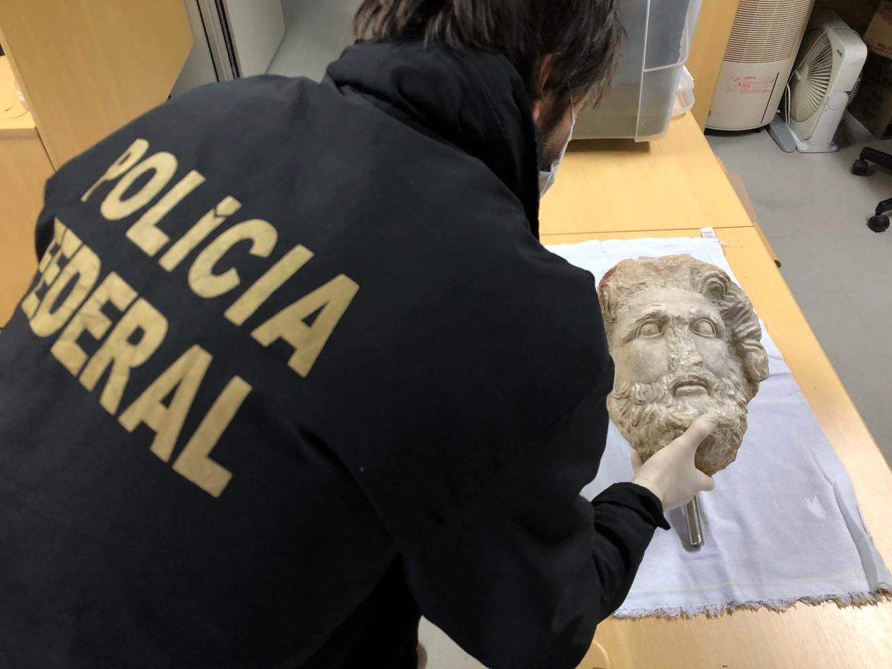 Polícia Federal apreende escultura