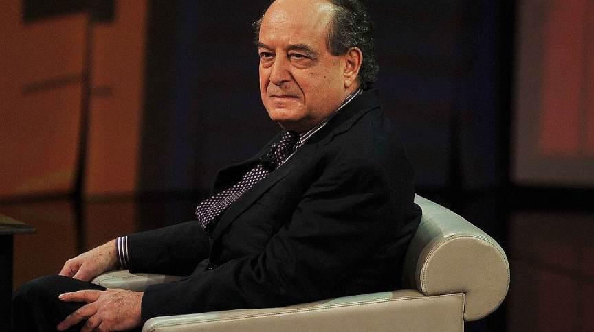 Roberto Calasso participa do programa de TV italiano 'Che Tempo Che Fa' em 23 de março de 2013 em Milão, Itália