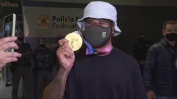 'Estava feliz e confiante na competição, não estava lá para participar, eu tinha que ganhar aquele campeonato', disse o primeiro campeão olímpico do surfe
