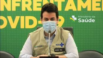 Segundo o secretário-executivo do Ministério do Saúde, Rodrigo Cruz, municípios recebem mais 6 milhões de doses neste sábado (31)