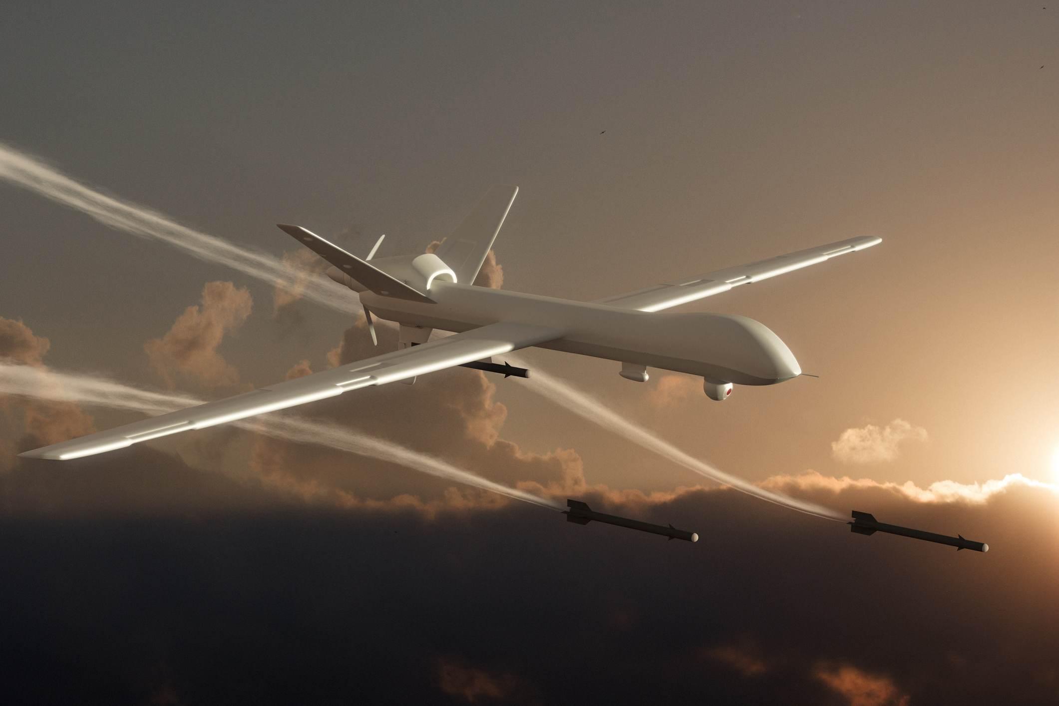Drone armado – ataque a navio-tanque