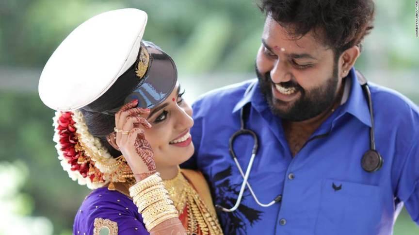 Vismaya Nair foi encontrada morta pouco depois de completar um ano de casamento