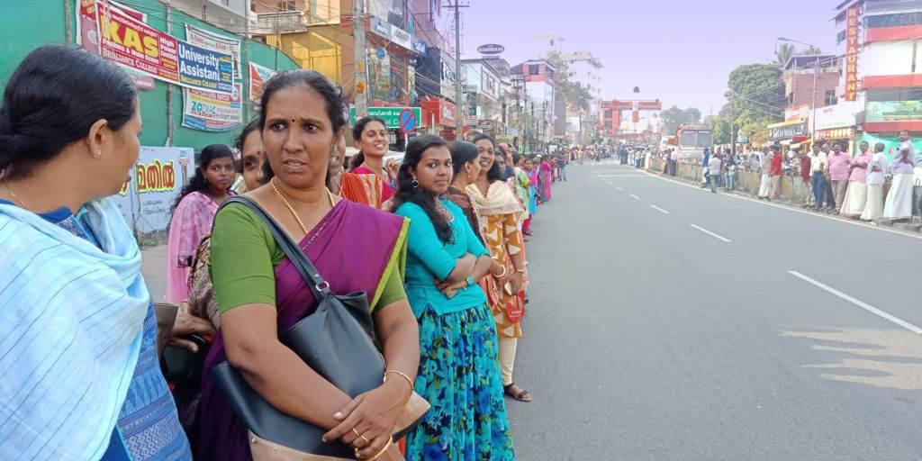 Mulheres participam do protesto 'Women's Wall' contra discriminação de gênero