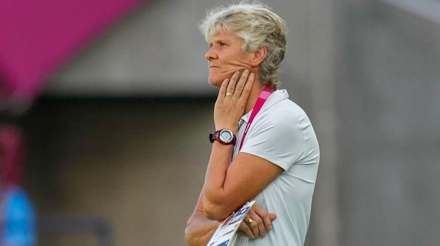 Pia Sundhage tem como missão renovar a seleção feminina de futebol do Brasil