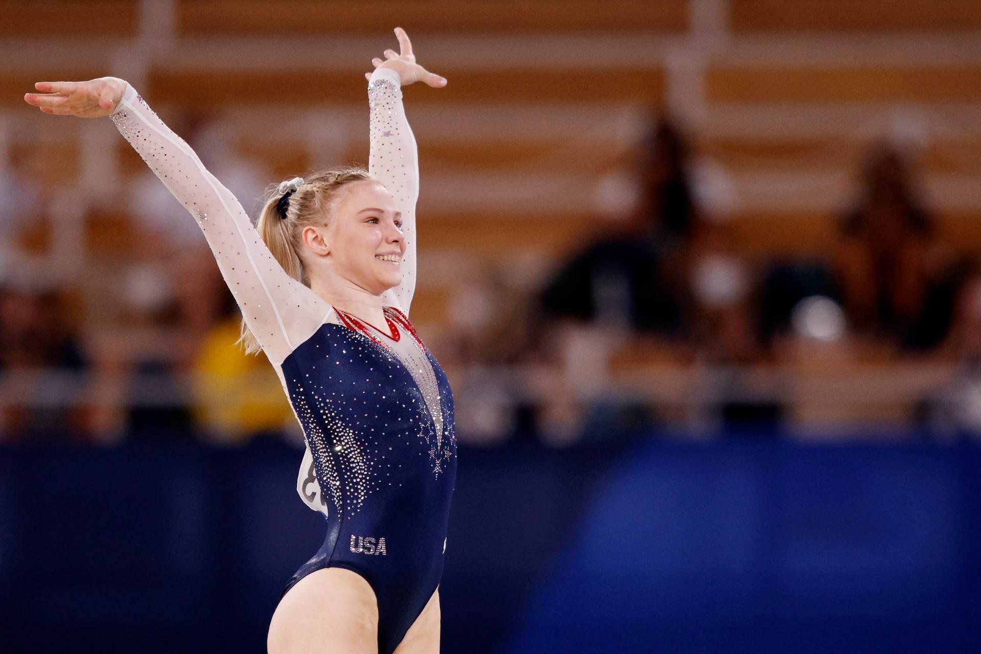 Redenção: após erro na final do salto, Jade Carey (EUA) ficou com o ouro no solo