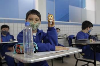 Escolas podem operar com 100% da capacidade em todo o estado a partir desta segunda-feira (02)
