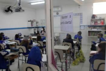 Hoje, a capital amazonense inicia a vacinação de adolescente de 12 a 17 anos com comorbidade; no sábado (14), será a vez dos jovens sem comorbidade