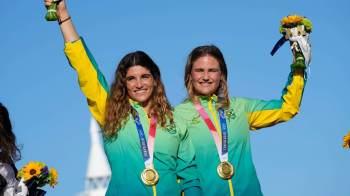 Martine e Kahena são ouro na vela. Nos 400m com barreiras, Alison dos Santos é bronze, mesmo resultado conquistado por Thiago Braz no salto com vara