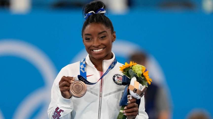 Simone Biles disse que não esperava medalha na trave e que vai valorizar bronze