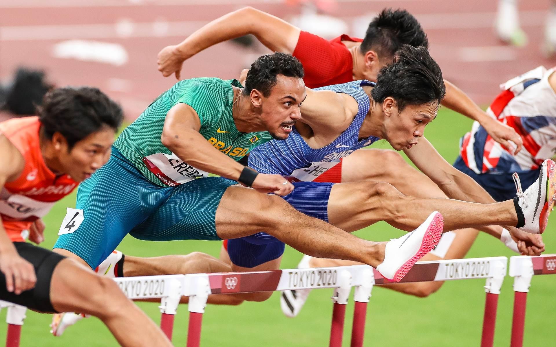 Rafael Pereira avançou para semifinal dos 110m com barreira