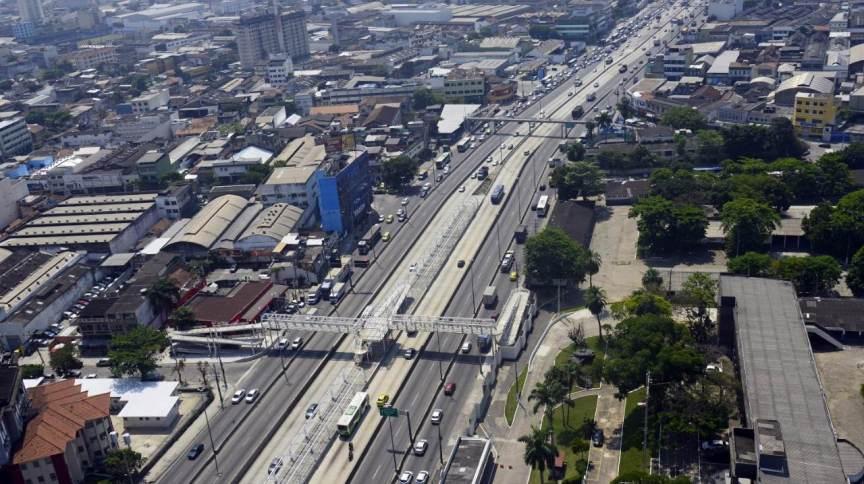 A Avenida Brasil, no Rio de Janeiro, passará por reforma prevista em novo Plano Diretor