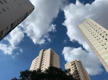 Novas regras do Programa Casa Verde e Amarela preveem ainda redução temporária de taxas de juros para famílias com renda mensal entre R$ 4 mil a R$ 7 mil