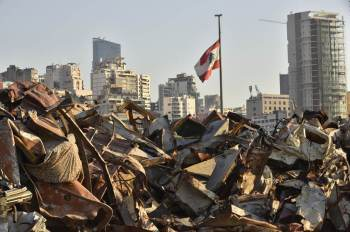 Investigação que tenta identificar responsáveis pela explosão de agosto de 2020 avança a passos lentos no Líbano e desagrada Hezbollah